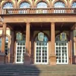 Der Saalbau in Neustadt/Weinstraße - hier findet die Schokoladenmesse 'Petit Salon du Chocolat' statt