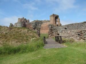Tantallon in Schottland (Foto © P. Milde)
